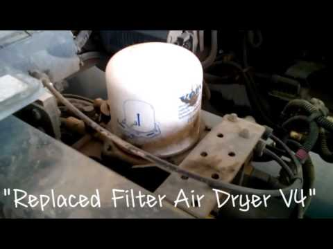 """Volvo Truck """"V4 How To Replaced Filter Air Dryer"""""""