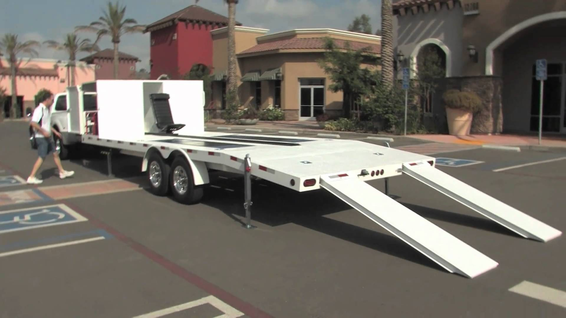 MethBuster Mobile Trailer Lift Auto Car Vehicle Maintenance Inspection Service Work Platform
