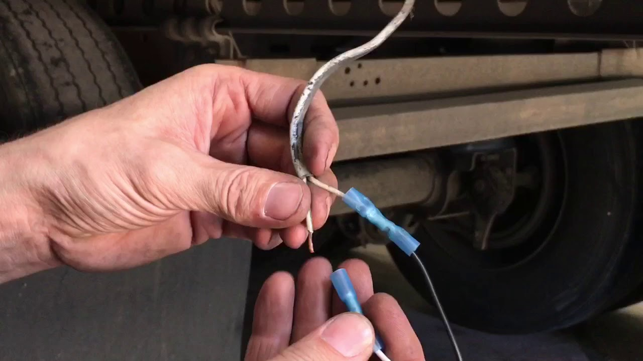 Easy Semi Trailer Light Repair. DIY Step by Step Light Replacement Made Easy