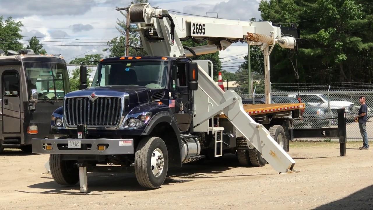 Elliott 2695 Crane Truck Repair at CUESEQUIP.com