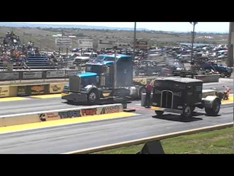 Western Kenworth vs Low bucks racing Cabover flat semi