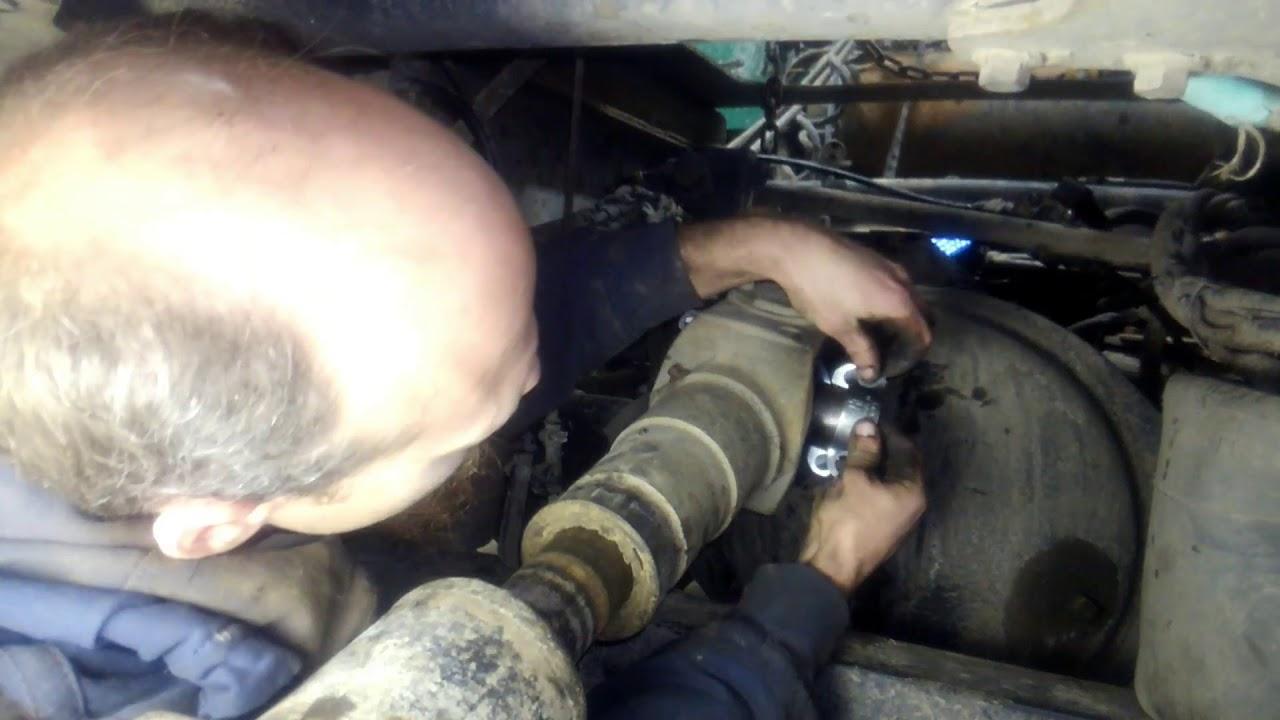 installing axle 3rd member on semi truck