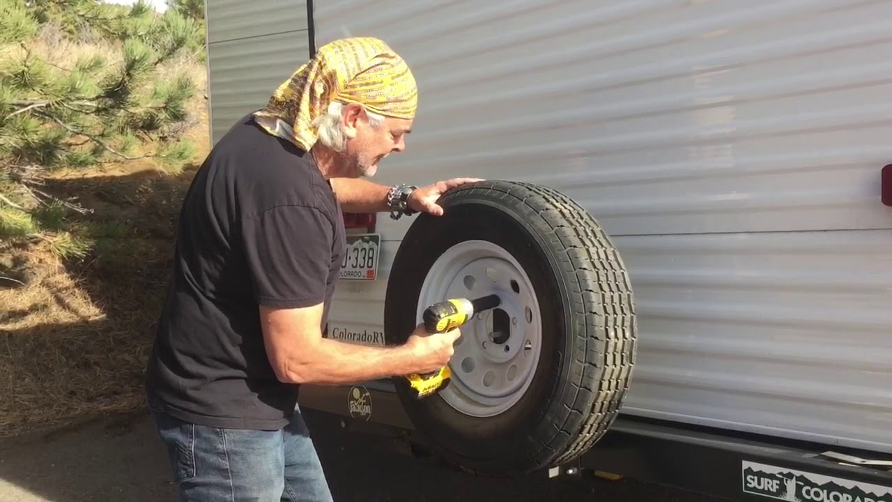 Changing a Camper Tire - 3 ways