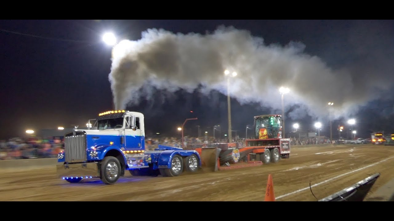Another Awesome Semi Pulling Competition