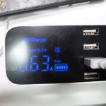 充電状況が液晶でわかる「USB充電器 YCA19/NexGadget」レビュー