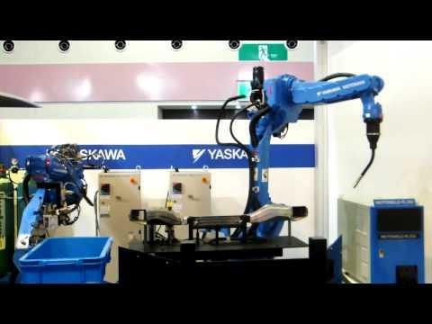 バラ積みロボとアーク溶接ロボによる自動化(安川電機)