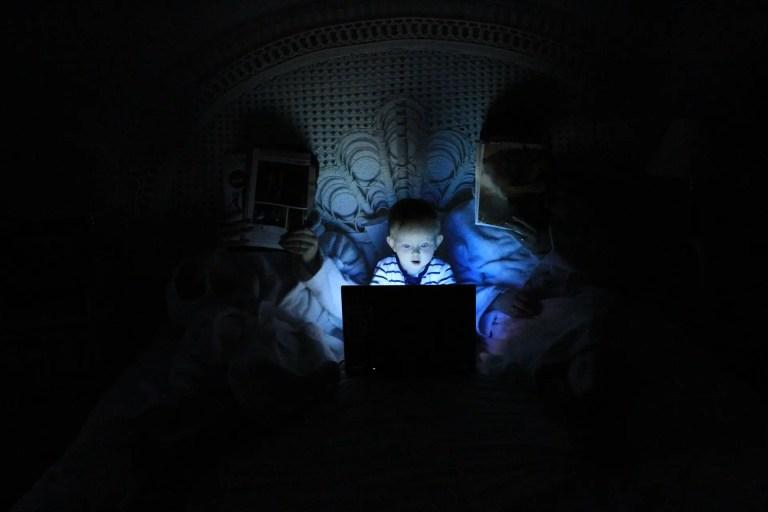 Children flock to social networks