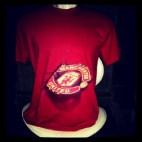 Kaos MU Logo RED