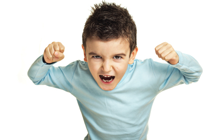 Cara Menghadapi Temper Tantrum Anak dengan TEPAT