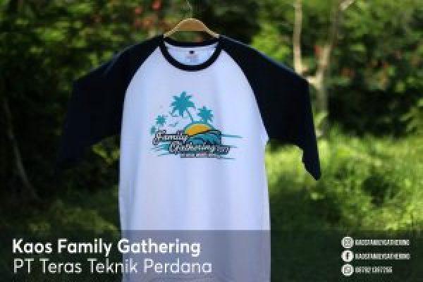 Kaos Family Gathering PT Teras Teknik Perdana 3