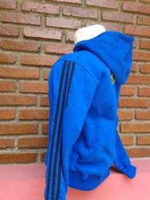 jaket (samping)