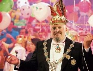 Multitalent Stefan Raab entert nun auch noch den Karneval mit einer eigenen Show.