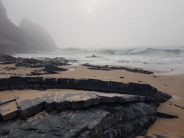 mist Praia Vale dos homens rogil algarve