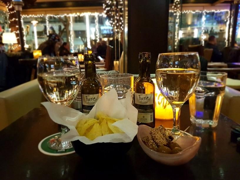 Athene wijn café