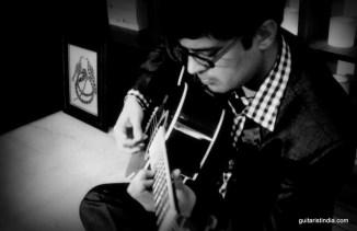 Kapil Srivastava Guitar Player Delhi