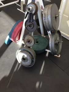 Plates for weight bar