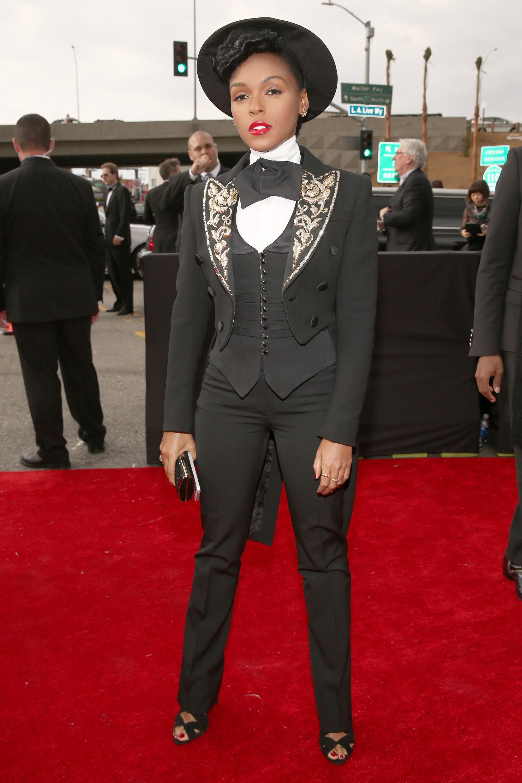 161386738 LIVE On The Red Carpet: Rihanna, Justin Timberlake, Kimbra & Carly Rae Jepsen