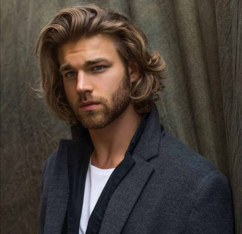 Fashionable men's haircuts 2019-2020 is a square