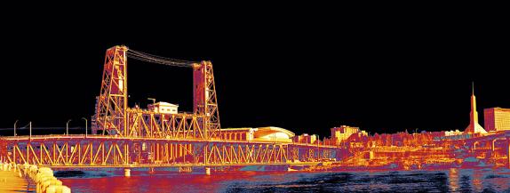 Steel Bridge in Portland, OR shot with FLIR thermal camera ©FLIR Systems, Inc. 2016