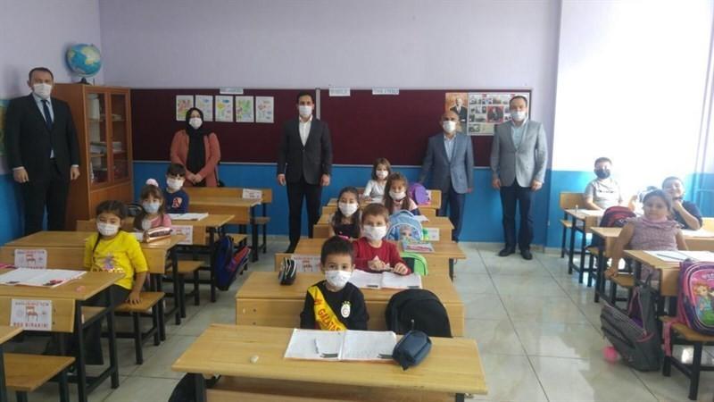 Kaymakam Erdem'den okullara ziyaret