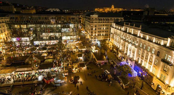 Budapesti Karácsonyi Vásár 2016 – Vörösmarty tér: infok itt