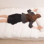 うつ伏せ寝でお腹に違和感を感じる原因と対処法