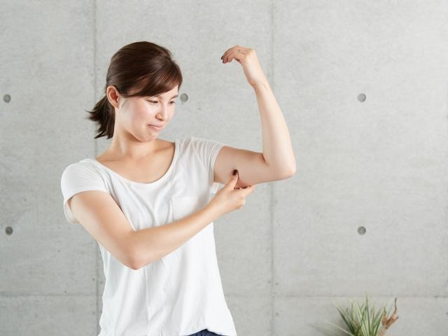 腕の筋肉痛と腫れの原因〜考えられる病気と対処法