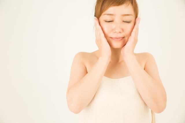 顔に塗るステロイドは化粧水の前?効果的なスキンケアのコツ