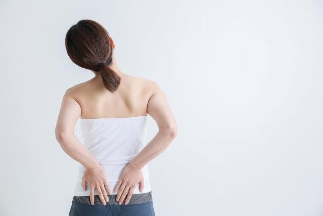 腰の違和感を伴う足の付け根の痛み…原因と対処法