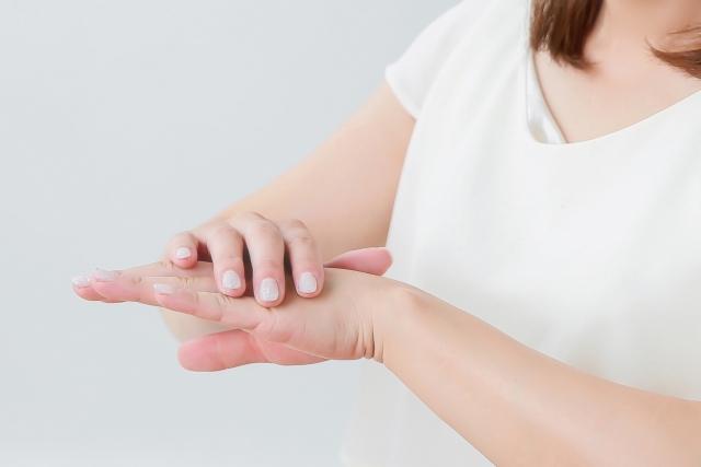 指の関節がかゆい場合の原因とかゆみを抑える方法