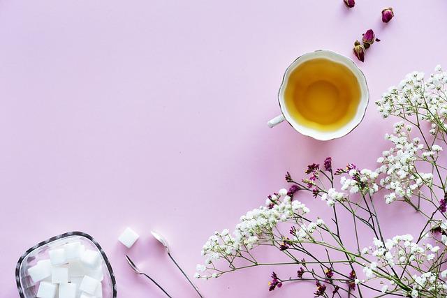 正しい薬の飲み方!水ではなくお茶で飲んでも大丈夫