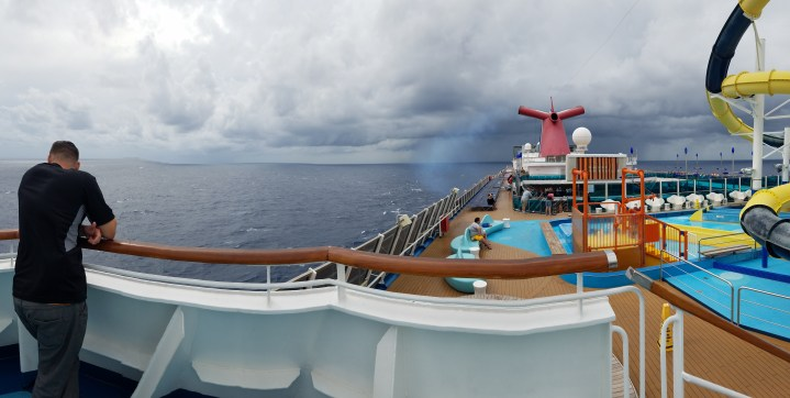 Cruisin' // Follow These Tips on your Next Cruise