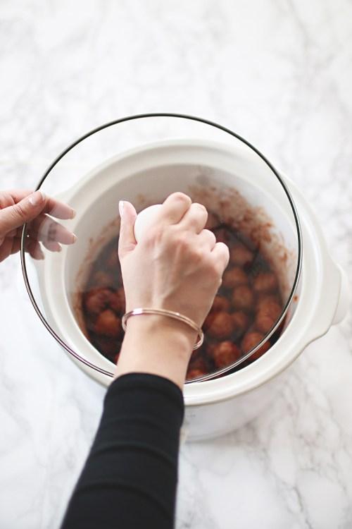 Perfect Party Meatballs | KaraLayneAndCo.com #Recipe #Appetizer