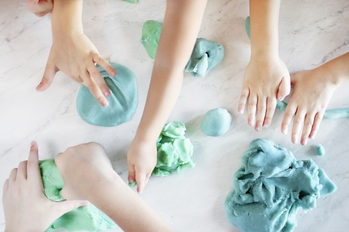 Homemade playdough for the kids! An easy and quick recipe for clean, non toxic playdough. Catch it now on Haus of Layne! #DIYPlaydough #HomemadePlaydough #CleanLiving #ToxicFree #ToxicFreePlaydough #EasyPlaydoughRecipe