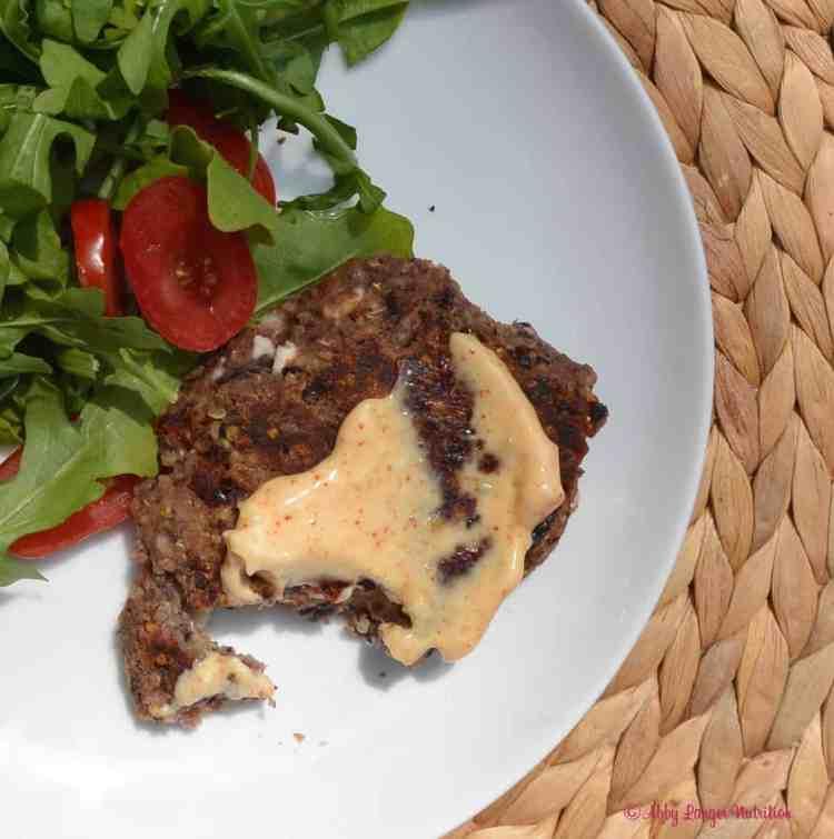 Black Bean Burgers via Abby Langer | karalydon.com/blog @karalydon