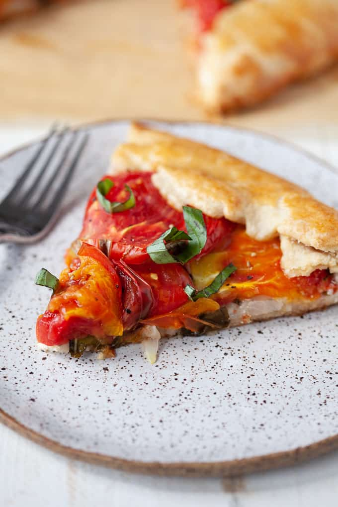 tomato basil galette with goat cheese - perfect for #summer