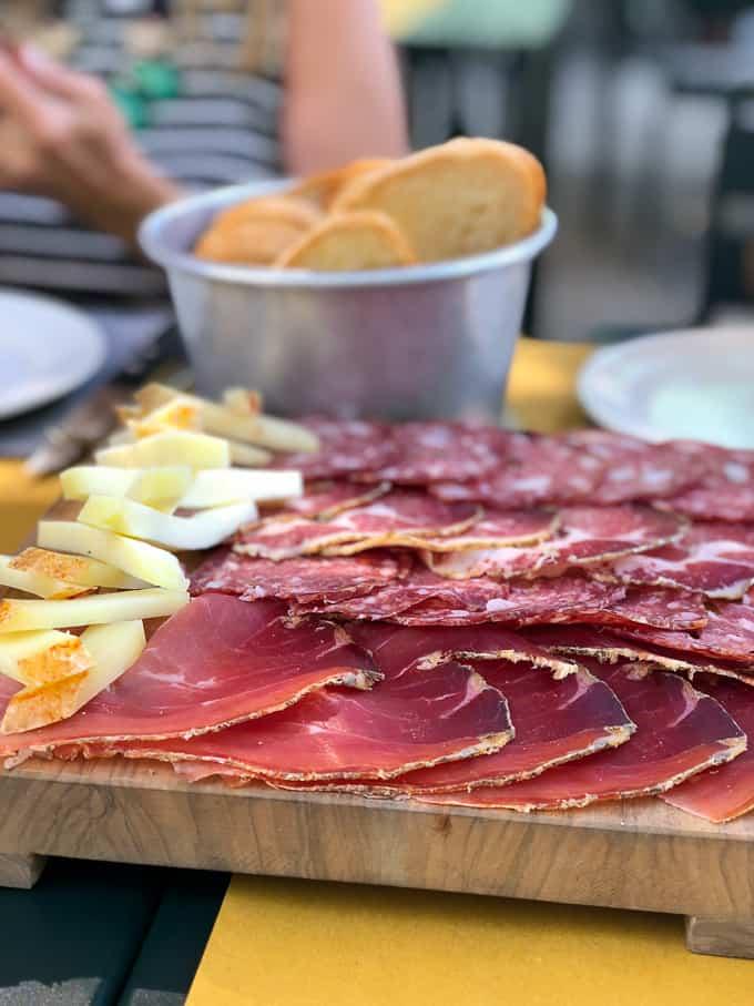 3 days in montepulciano italy. lunch near La Foce.