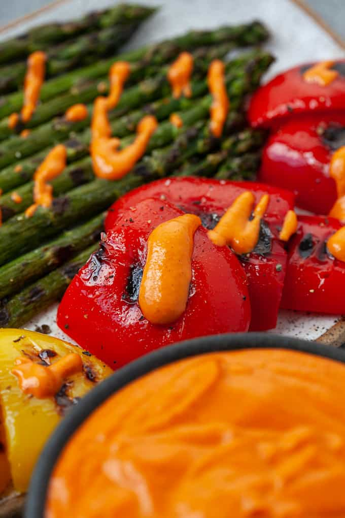 grilled bell peppers and asparagus