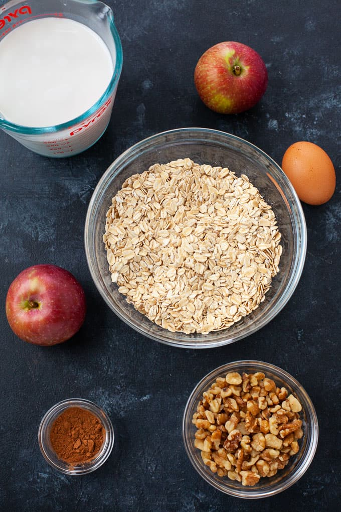 ingredients for apple baked oatmeal