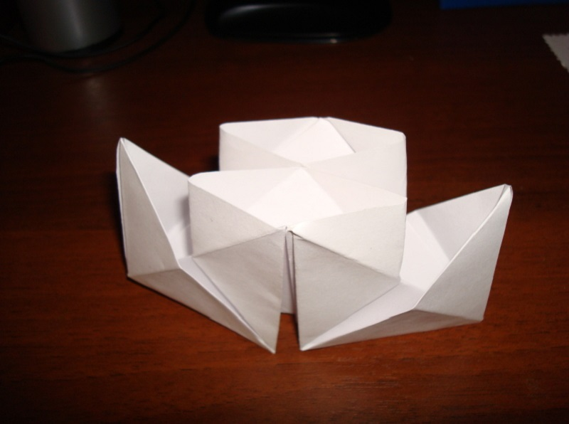 How to make a boat from paper? Instructions for folding paper boat do it yourself Step 67