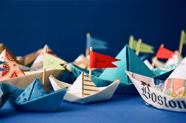 Hoe maak je een boot van papier? Instructies voor vouwpapierboot Doe het zelf fase 1
