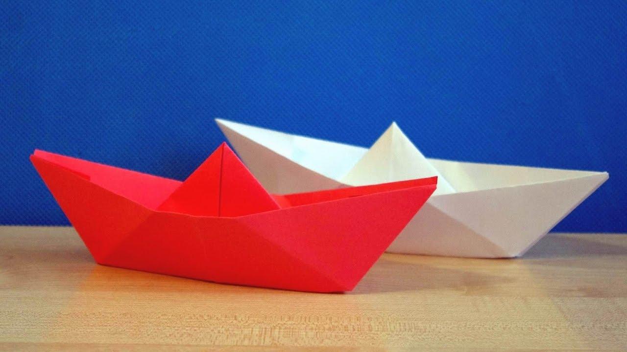 Как сделать кораблик из бумаги? Инструкция складывания бумажного кораблика своими руками этап 2