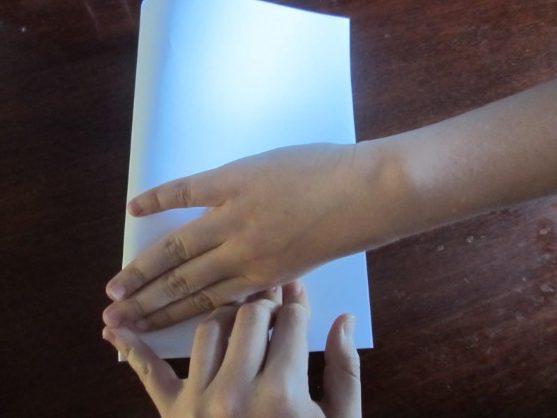 Hoe maak je een boot van papier? Instructie opvouwbare papieren boot doe het zelf fase 9
