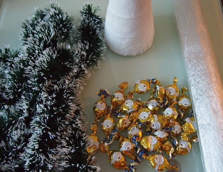 ต้นคริสต์มาส DIY สำหรับปีใหม่ & # 8212; ไอเดียภาพถ่ายและมาสเตอร์คลาสขั้นที่ 57