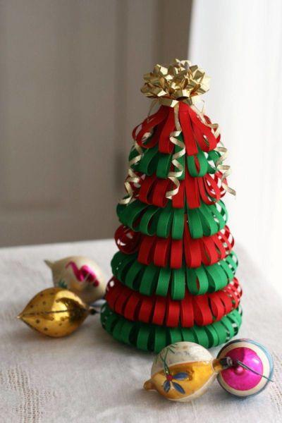 Χριστουγεννιάτικο δέντρο με τα χέρια σας για το Νέο Έτος & # 8212; Ιδέες φωτογραφιών και κύρια μαθήματα Στάδιο 5
