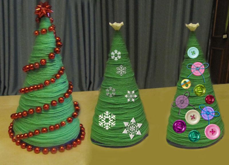 Χριστουγεννιάτικο δέντρο με τα χέρια σας για το Νέο Έτος & # 8212; Ιδέες φωτογραφιών και κύρια μαθήματα Στάδιο 2