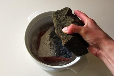 저 소금에 절인 연어 & # 8212; 7 홈 스테이지에서 연어 요리법을 해결합니다 6.