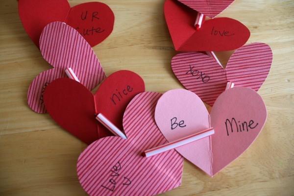 वेलेंटाइन दिवस के लिए शिल्प अपने आप को बच्चों के लिए करते हैं: 14 फरवरी चरण 94 को शिल्प के सबसे सुंदर विचार