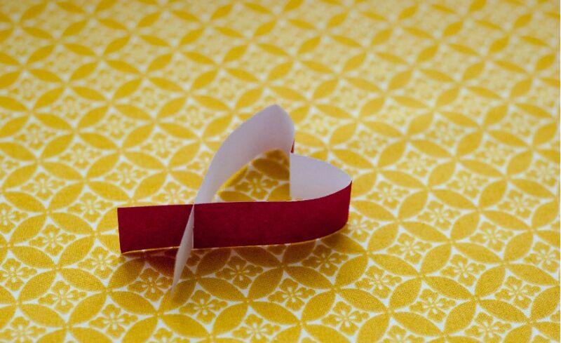 वेलेंटाइन डे के लिए DIY इसे बच्चों के लिए करें: 14 फरवरी चरण 61 को शिल्प के सबसे सुंदर विचार