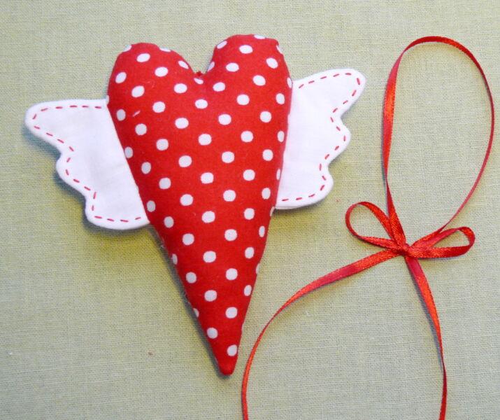 वेलेंटाइन दिवस के लिए DIY बच्चों के लिए अपने हाथों के साथ: 14 फरवरी चरण 75 को शिल्प के सबसे सुंदर विचार